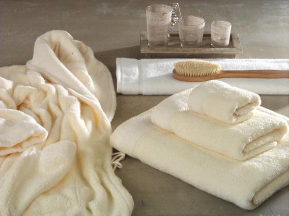 Ręcznik WELLNESS Greno biały